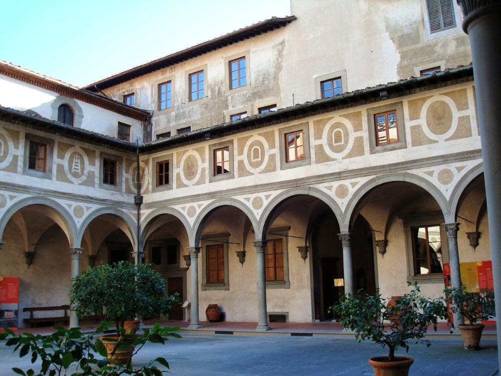 Binnenplaats Ospedale degli Innocenti van Brunelleschi